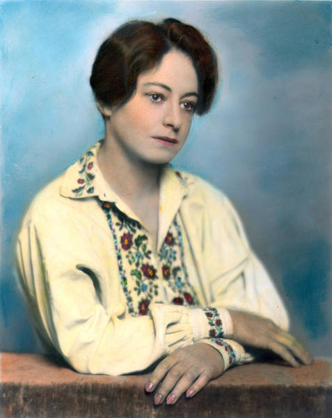 Photograph - Dorothy Parker (1893-1967) by Granger