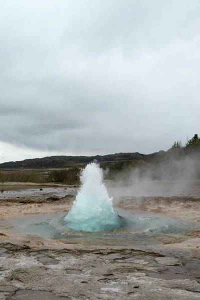 Rising Water Photograph - Geyser Erupting by Dr P. Marazzi/science Photo Library