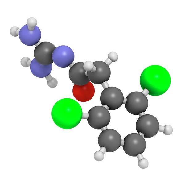 Wall Art - Photograph - Guanfacine Adhd Drug Molecule by Molekuul/science Photo Library