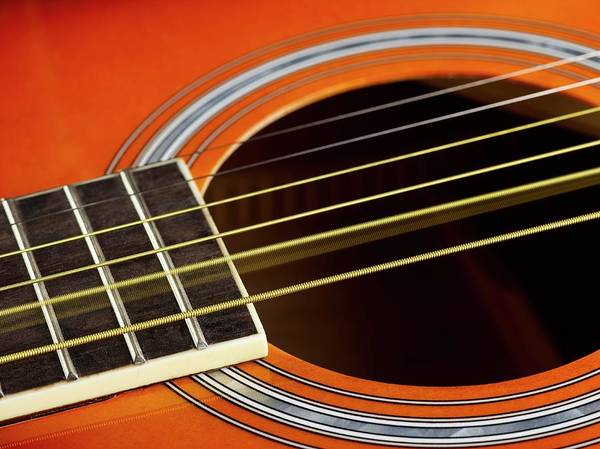 Strum Wall Art - Photograph - Guitar Strings At Rest And Vibrating by Science Photo Library
