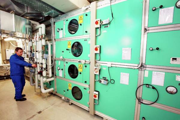 Wall Art - Photograph - Hospital Boiler Room by Mauro Fermariello/science Photo Library