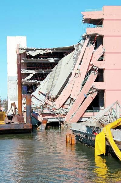 Gulf State Park Photograph - Hurricane Katrina Damage by Jim Edds/science Photo Library
