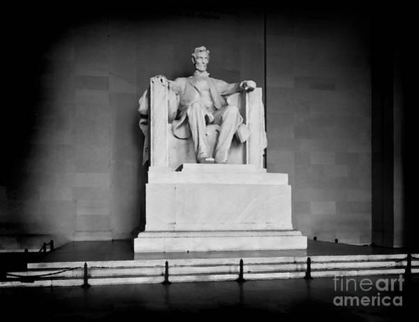 Us Civil War Mixed Media - Lincoln Memorial by Lane Erickson
