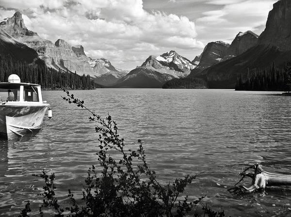 Photograph - Maligne Lake by RicardMN Photography