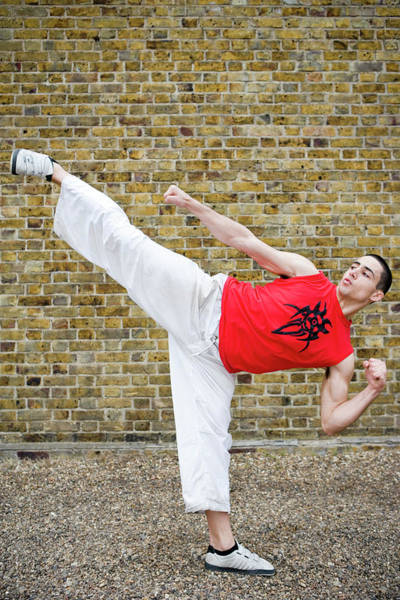 Roundhouse Photograph - Martial Arts Kick by Gustoimages/science Photo Library