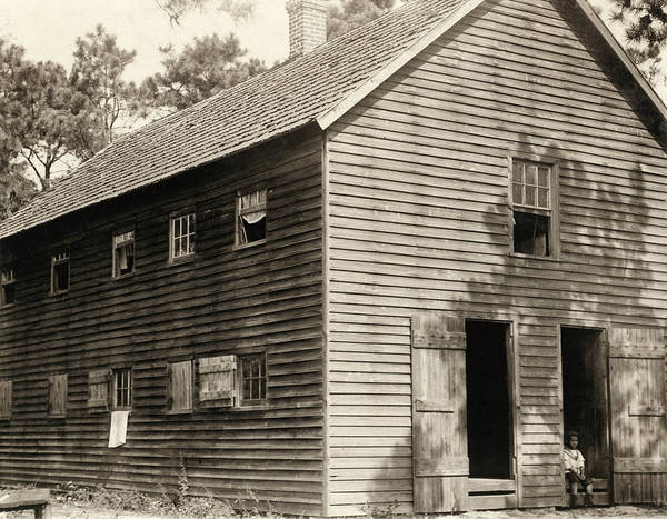 Wall Art - Photograph - Migrant Shack, 1910 by Granger