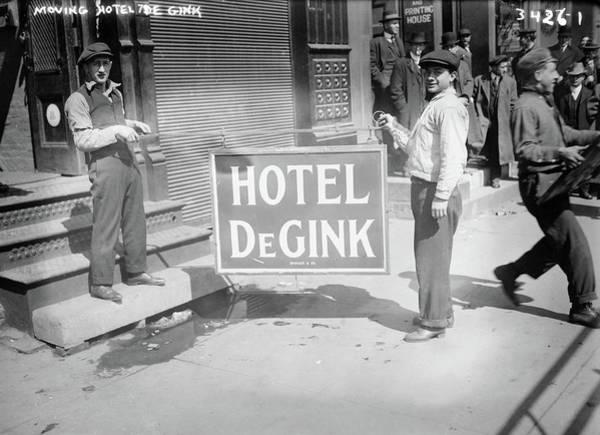 Photograph - New York Hobos, 1915 by Granger