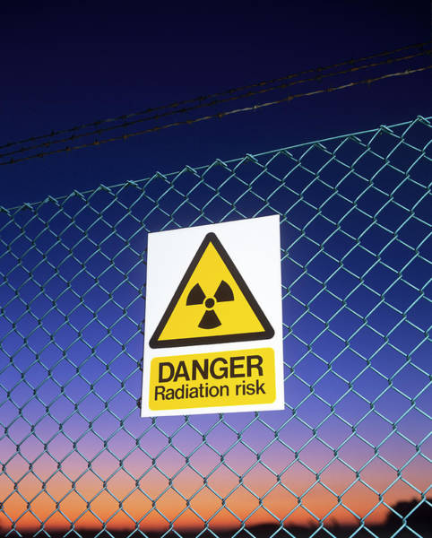 Chain Link Photograph - Radiation Warning Sign by Martin Bond/science Photo Library