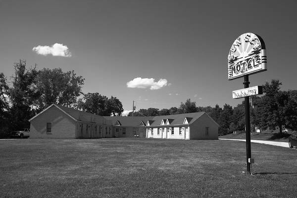 Photograph - Route 66 - Sunset Motel 2012 Bw by Frank Romeo