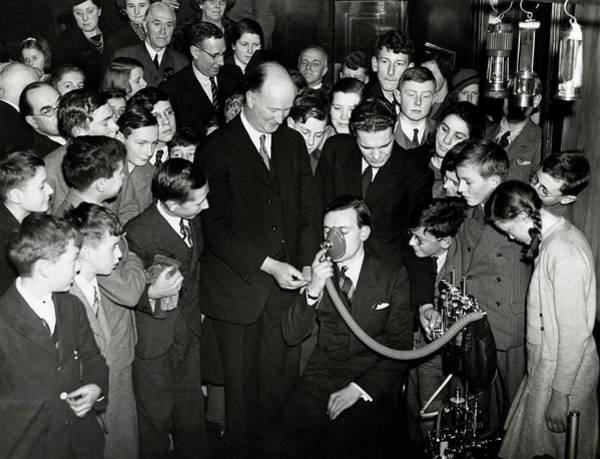 Pickering Photograph - Royal Institution Christmas Lecture by Royal Institution Of Great Britain