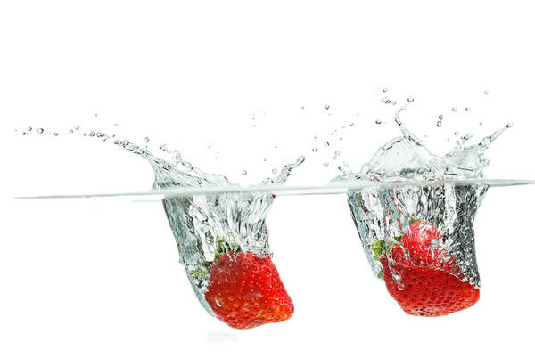 Photograph - Splashing Strawberry by Peter Lakomy