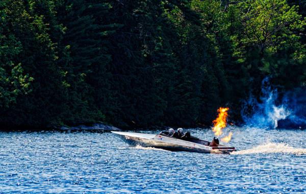 Photograph - Squirt 2 Turbine Jet Boat by Les Palenik