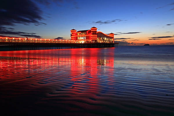 Weston Photograph - The Grand Pier by Ollie Taylor
