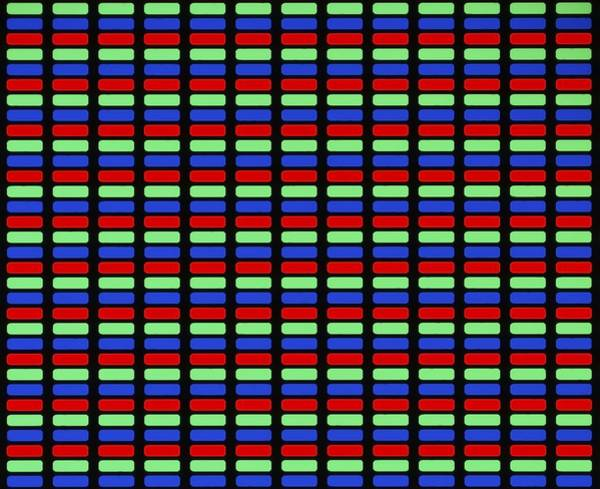 Pixel Photograph - Tft Lcd Display by Alfred Pasieka