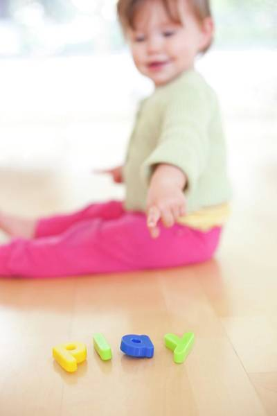 Word Play Photograph - Toddler Playing by Ian Hooton/science Photo Library