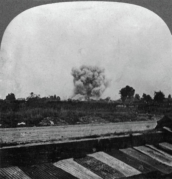 Wall Art - Painting - World War I Explosion by Granger