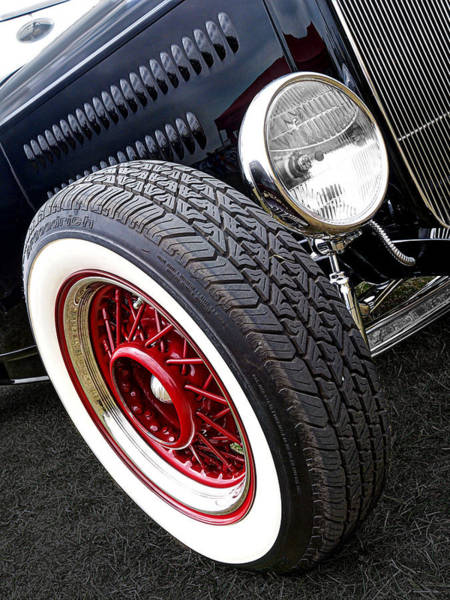 Street Rods Photograph - 32 Ford Roadster by Gill Billington