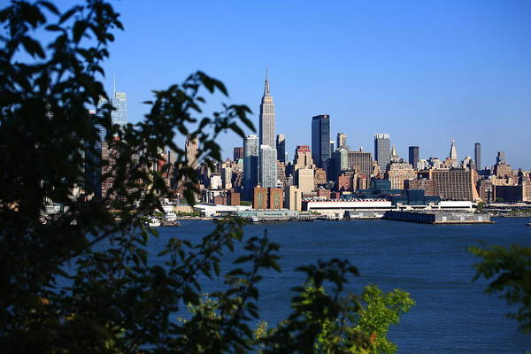 Photograph - New York City Skyline 10 by Frank Romeo