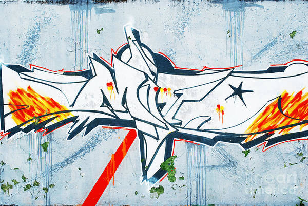 Benfica Photograph - Graffiti by Luis Alvarenga