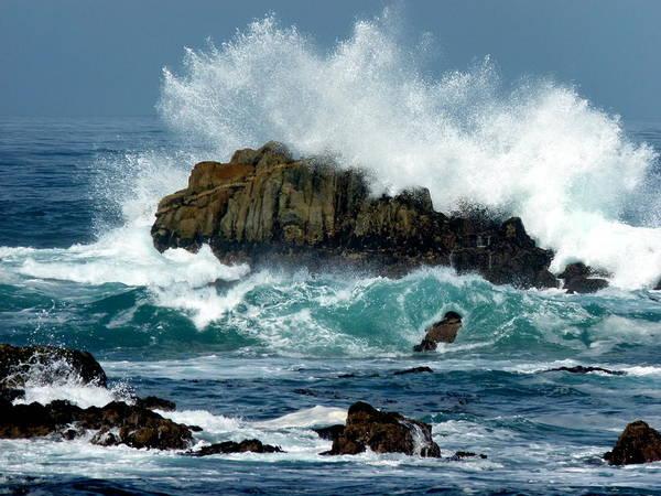 Photograph - Crashing Wave by Jeff Lowe