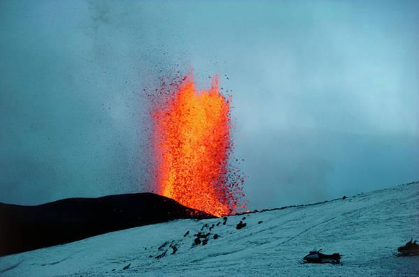 Wall Art - Photograph - Eruption Of Krafla Volcano by Matthew Shipp/science Photo Library.