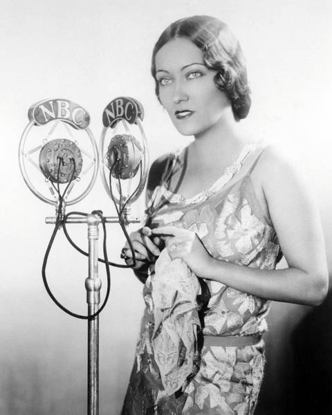 Gloria Photograph - Gloria Swanson by Silver Screen