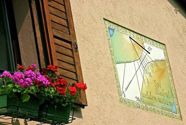 Wall Art - Photograph - Italian Sundial by Babak Tafreshi/science Photo Library