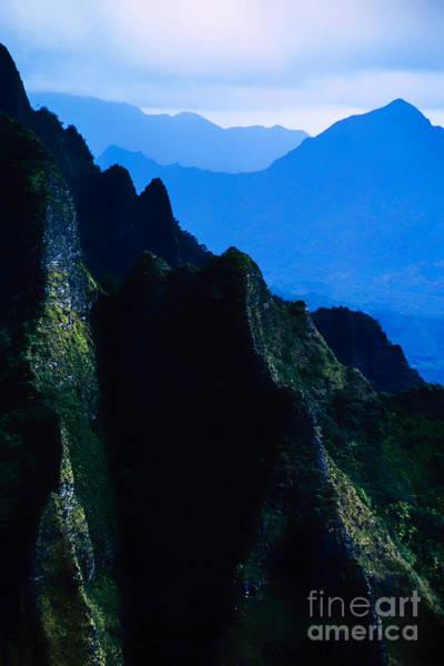 Photograph - Koolau Mountains 6 by Thomas R Fletcher