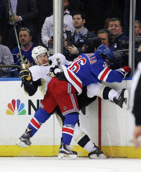 Madison Square Garden Photograph - Pittsburgh Penguins V New York Rangers by Bruce Bennett