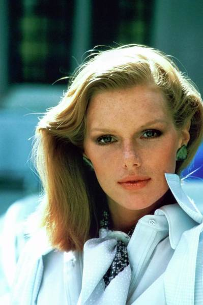 Wall Art - Photograph - Portrait Of Model Patti Hansen by Arthur Elgort