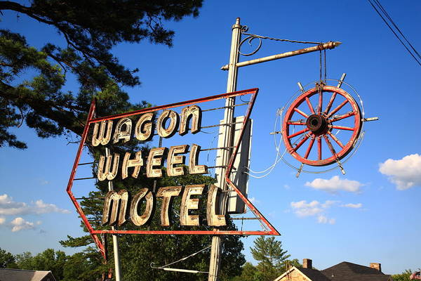 Photograph - Route 66 - Wagon Wheel Motel by Frank Romeo