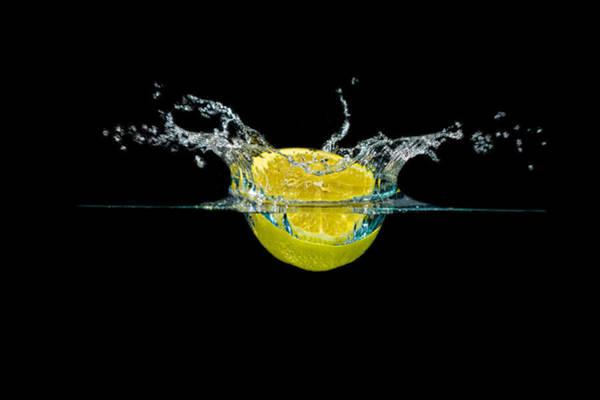 Photograph - Splashing Lemon by Peter Lakomy