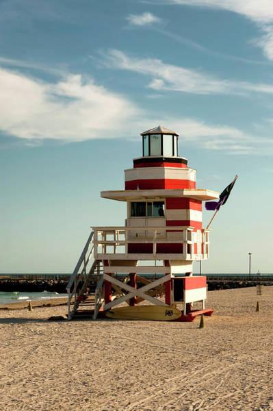 Ie Wall Art - Photograph - Usa, Florida, Miami, South Beach by Richard Duval