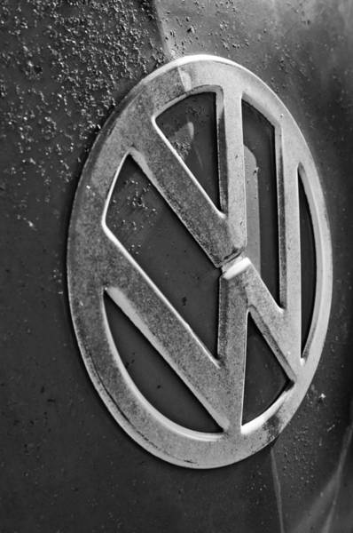 Wall Art - Photograph - Volkswagen Vw Bus Front Emblem by Jill Reger