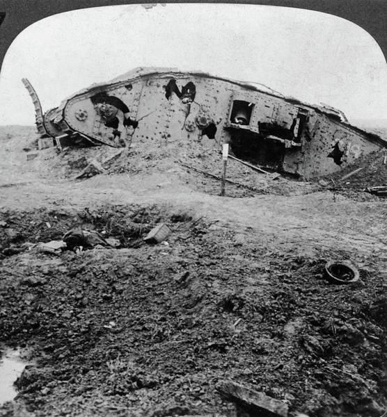 Wall Art - Painting - World War I Battlefield by Granger