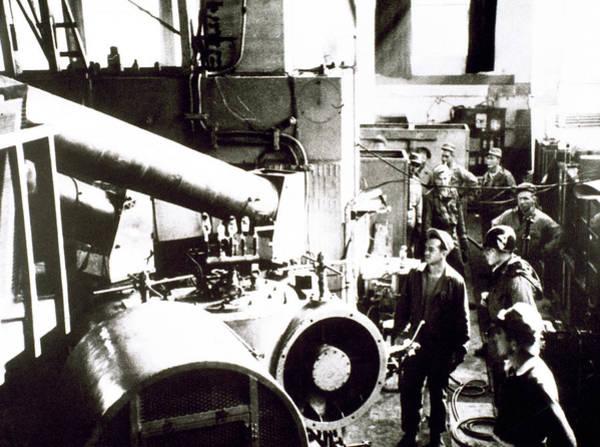 Atomic Bomb Photograph - World War II (1939-1945 by Prisma Archivo
