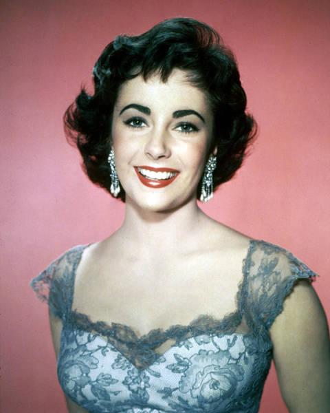 Glamorous Photograph - Elizabeth Taylor by Silver Screen