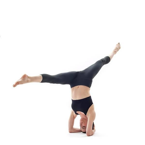 Wall Art - Photograph - Woman Practicing Yoga by Ian Hooton/science Photo Library
