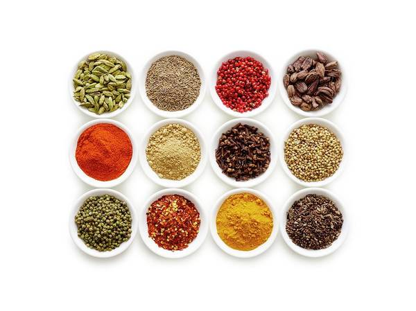 Rose Bowl Photograph - Dried Spices In Small Bowls by Science Photo Library