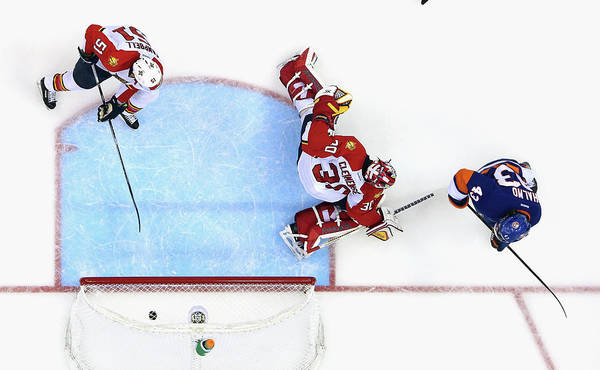Scoring Photograph - Florida Panthers V New York Islanders by Bruce Bennett