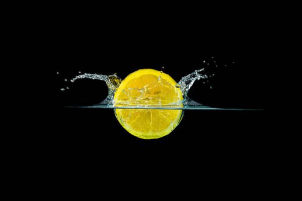 Splashing Lemon Art Print