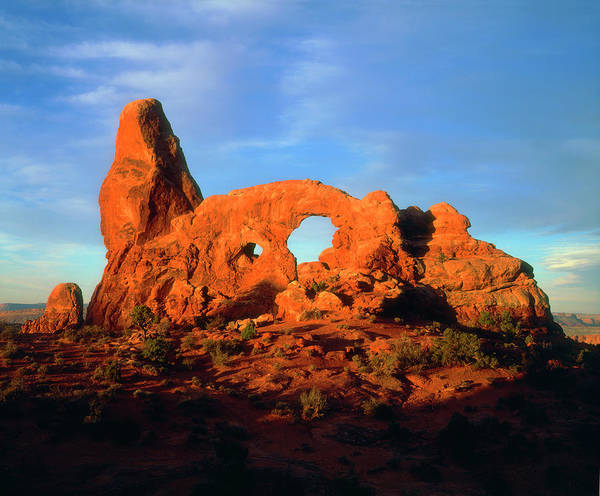 Delicate Arch Photograph - Usa, Utah, Arches National Park by Jaynes Gallery