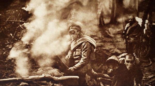 Gasmask Photograph - World War I Gas Warfare by Granger
