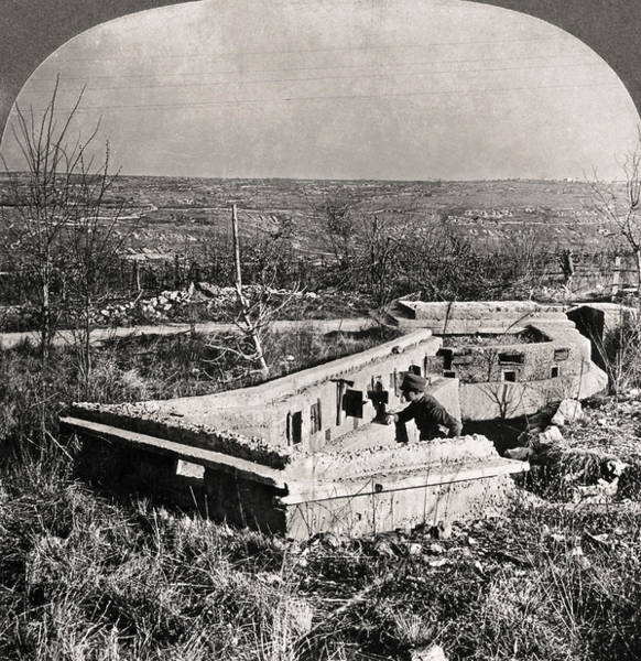 Wall Art - Photograph - World War I Trenches by Granger