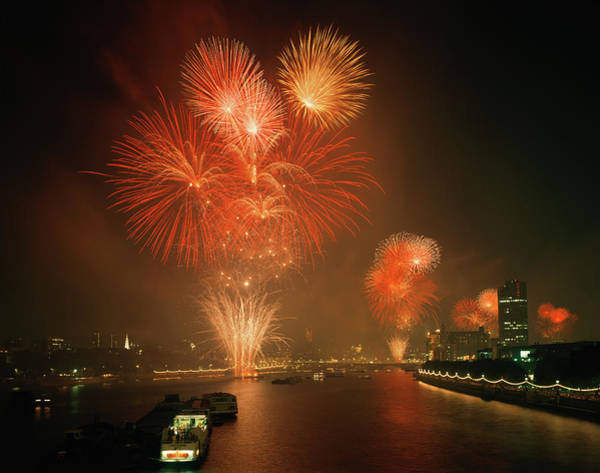 Fireworks Display Wall Art - Photograph - Fireworks Over The Thames by Andy Williams/science Photo Library