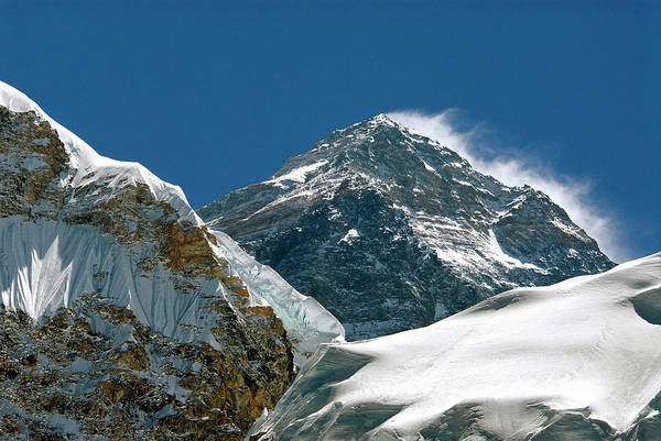 Khumbu Wall Art - Photograph - Nepal, Mount Everest by David Noyes
