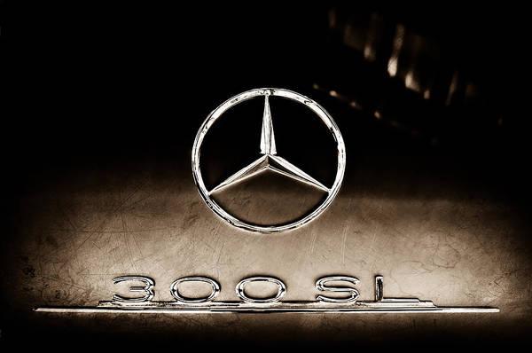 Mercedes-benz 300 Sl Wall Art - Photograph - 1955 Mercedes-benz Gullwing 300 Sl Emblem by Jill Reger