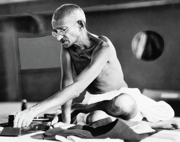 Wall Art - Photograph - Mohandas Gandhi (1869-1948) by Granger
