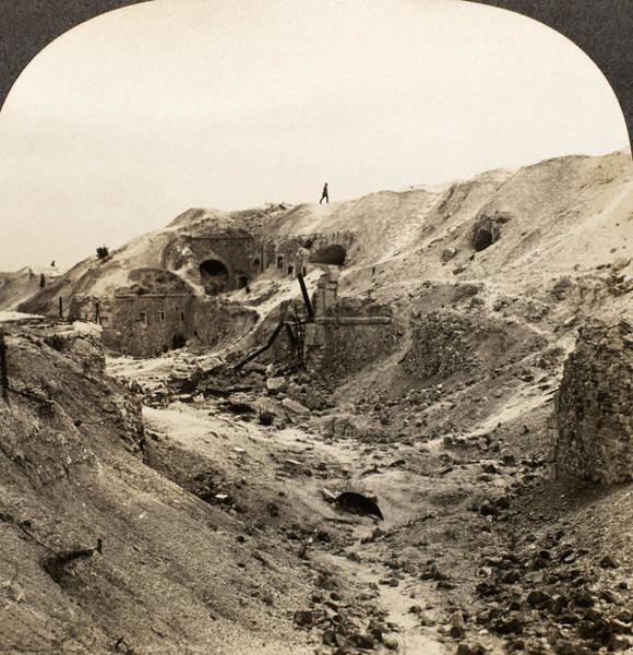 Wall Art - Photograph - World War I France by Granger