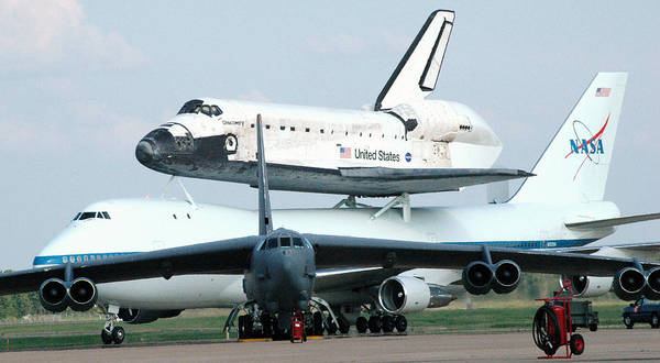 Wall Art - Photograph - 747 Transporting Discovery Space Shuttle by Science Source